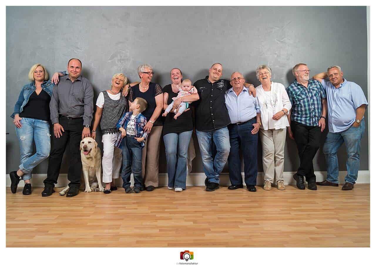 Fotoshooting Großfamilie - diefotomanufaktur - Fotostudio Winsen ...