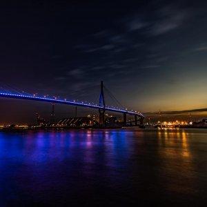 Langzeitbelichtung BluePort Hamburg Nachtfotografie